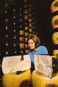SOPHIA-LOREN-cheese